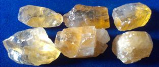 Calcite - Honey - Rough (1-2cm) x 6